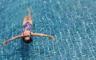 Плавание при грыже поясничного отдела позвоночника: польза и особенности занятий