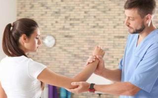 Защемление локтевого нерва: причины и лечение болезни
