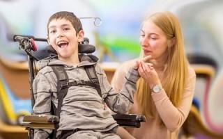 Спастическая диплегия: характеристика, симптомы и лечение