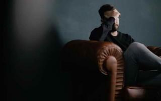 Чем опасна мигрень: классификация, сопутствующие симптомы