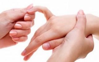 Немеет мизинец на правой руке: причины, симптомы, лечение