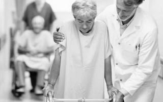 Сколько лежат в больнице с инсультом в зависимости от вида болезни