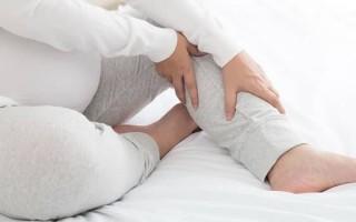 Немеют ноги при беременности: причины, сопутствующие симптомы, лечение