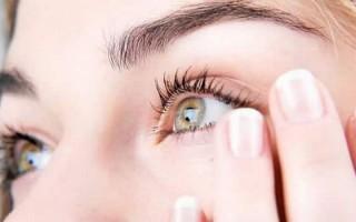 Почему дергается глаз: диагностика и лечение