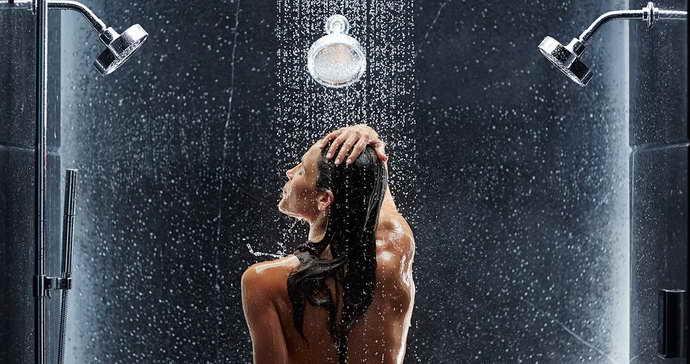 контрастный душ для укрепления сосудов мозга