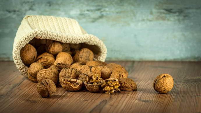 Грецкие орехи как средство борьбы за чистоту сосудов