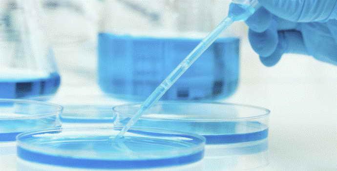 Как проводят анализ ликвора при менингите, и какие показатели должна иметь спинномозговая жидкость