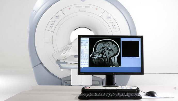 Вред от процедуры МРТ головного мозга не такой серьезный, как после компьютерной томографии