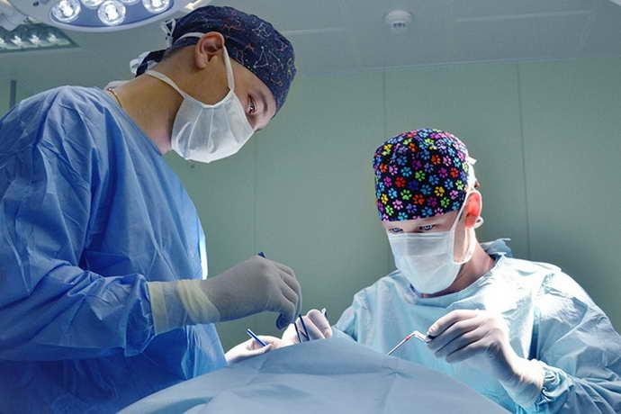 как проводится операция при болезни паркинсона