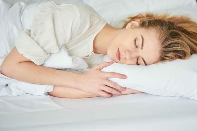 мигрень у женщин причины