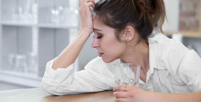 Как снять боль при мигрени в домашних условиях