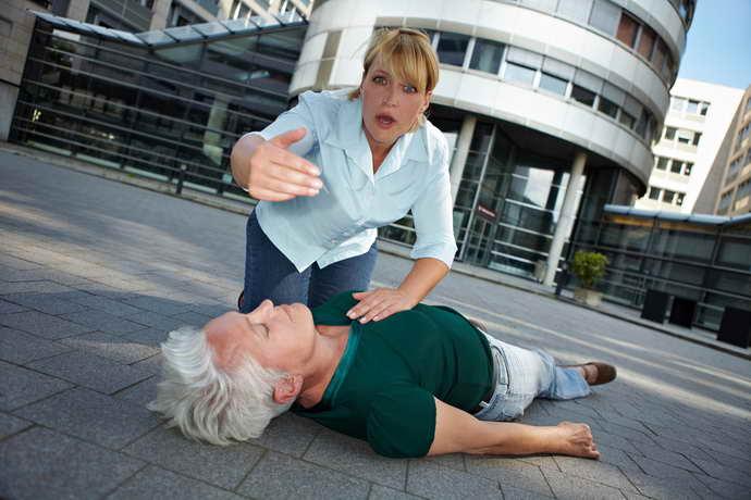 преходящее нарушение мозгового кровообращения первая помощь