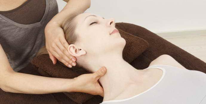 Шейный остеохондроз: лечение в домашних условиях разными средствами