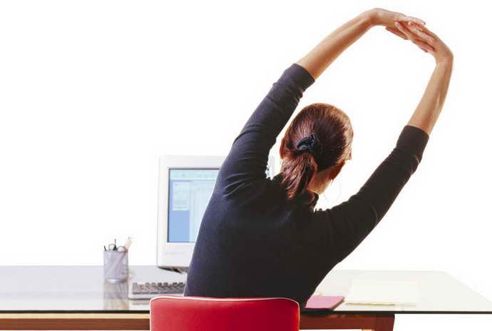 упражнения при грудном остеохондрозе польза