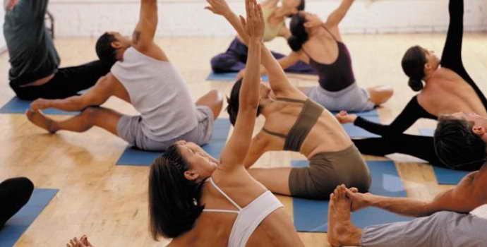 Упражнения при остеохондрозе: правила выполнения комплекса