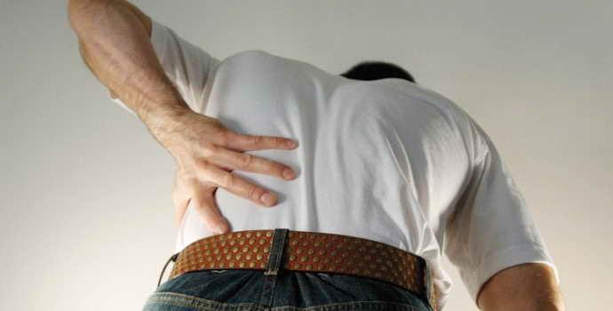 Защемление нерва: основные симптомы, причины и лечение