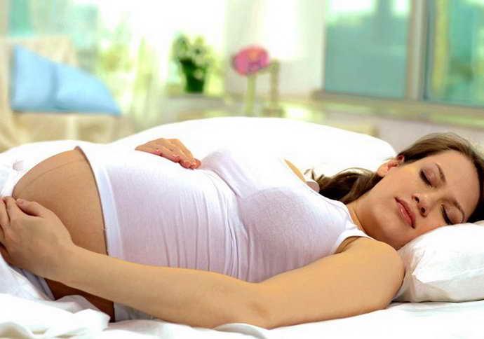 защемление седалищного нерва при беременности как лечиться дома