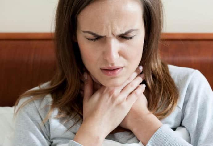 Узнайте, каким образом устраняется ощущение кома в горле при ВСД.