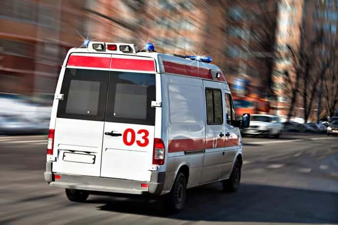 Белая горячка: лечение в домашних условиях и особенности предоставления первой помощи