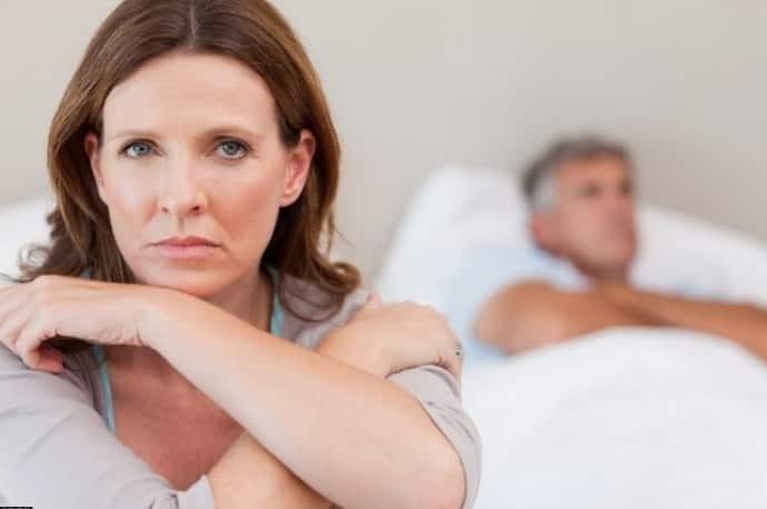 Бессонница при климаксе: сопутствующие симптомы, лечение