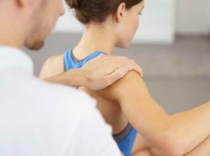 чем лечить хондроз плеча и шеи из массажных процедур