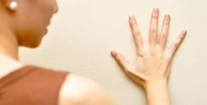Эссенциальный тремор — что это, как лечить и можно ли предотвратить