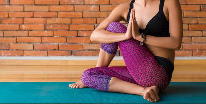 Йога при грыже позвоночника: правила и особенности проведения