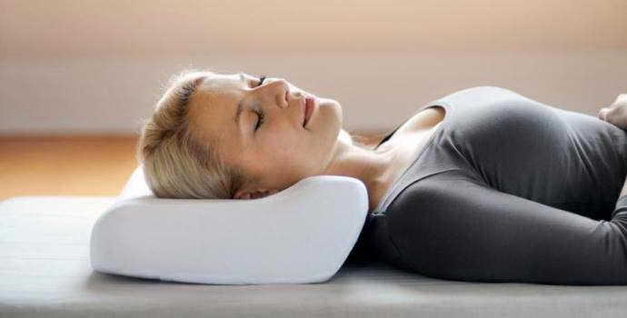 Основные причины заболевания и как правильно спать при шейном остеохондрозе