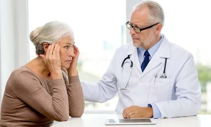 Какой врач лечит бессонницу: функции специалистов