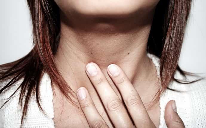 Почему возникает ком в горле при неврозе