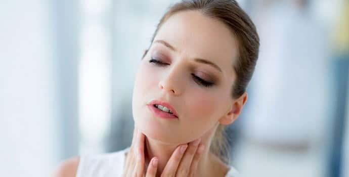 Ком в горле на нервной почве. Симптомы и лечение