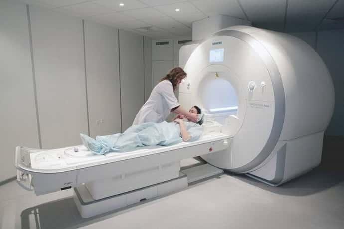 МРТ при коме в горле при неврозе