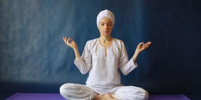 Лечение бессонницы гипнозом: методики, показания