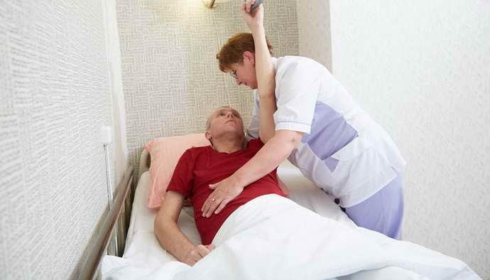 как ухаживать за больным после инсульта
