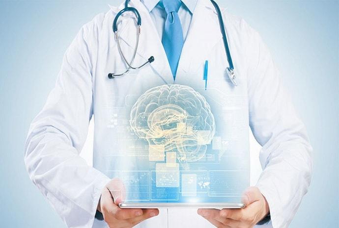 Причины, по которым немеет правая рука, известны многим врачам