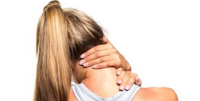 Немеет затылок: причины, сопутствующие симптомы, лечение
