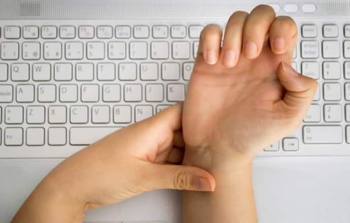 немеют руки по ночам причина и что делать при работе за компьютером