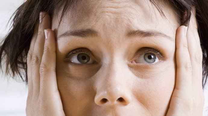 Нервный тик: виды, причины и симптомы заболевания