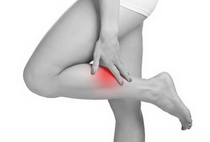 Почему происходит онемение ноги от колена до стопы