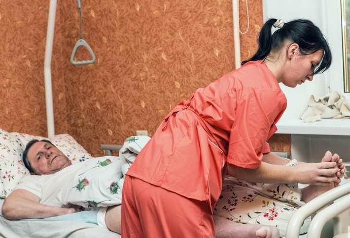 операция при инсульте опасность