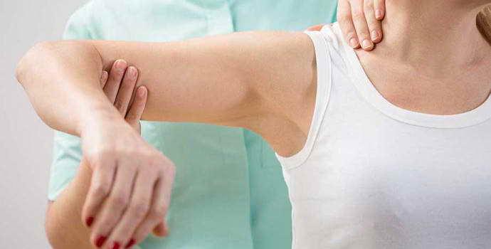 Почему возникает остеохондроз плечевого сустава