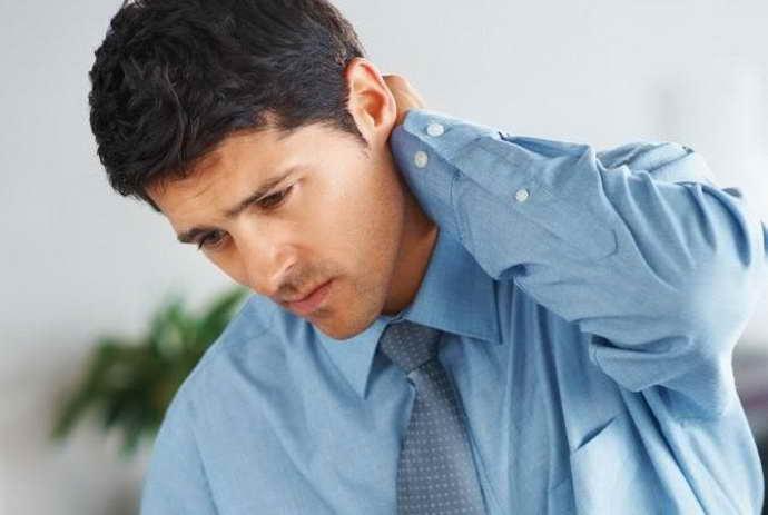 основные симптомы остеохондроза