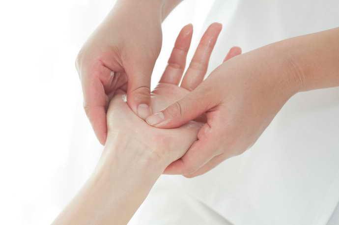 парализация правой стороны при инсульте восстановление