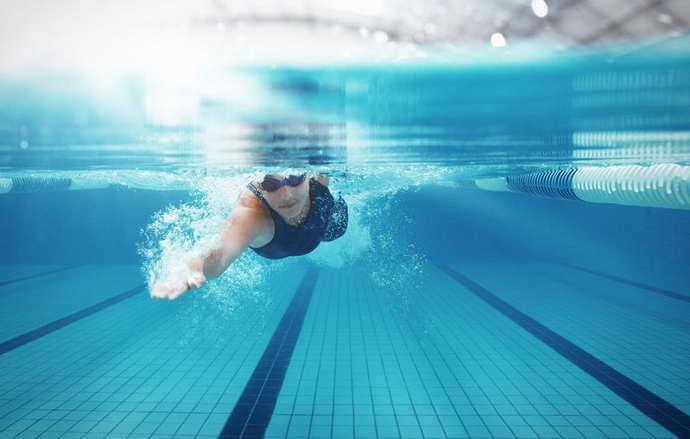 Правила для водных тренировок при остеохондрозе