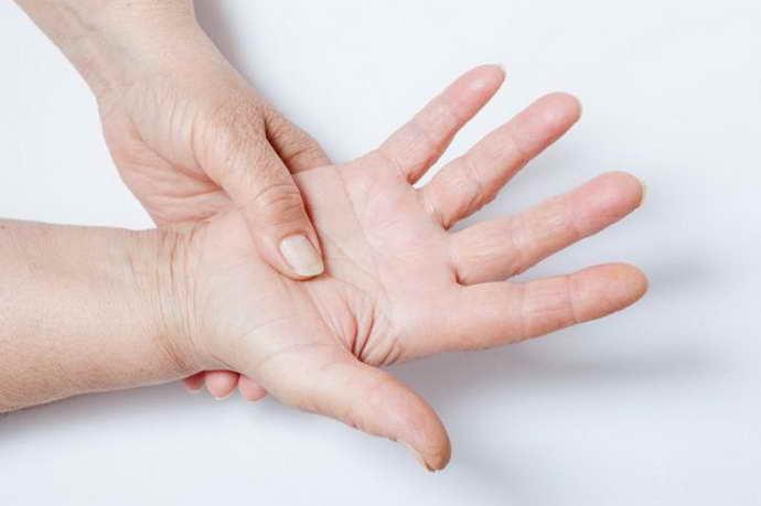 симптомы остеохондроза у мужчин