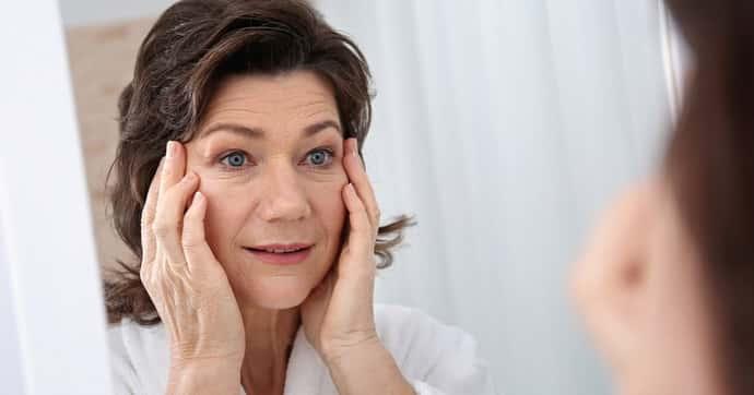 По каким причинам начинает дергаться глаз: болезни, влияющие на патологию