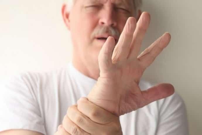 Все о том почему трясутся руки с похмелья