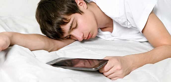 Почему подросток дергается во сне