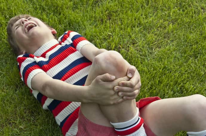 Узнайте, как проявляются судороги у ребенка.