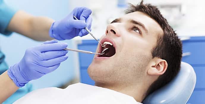 Тризм челюсти: причины, сопутствующие симптомы, лечение
